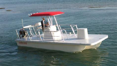 Trimaran Pontoon by Catamaran Coaches Pontoon Boats