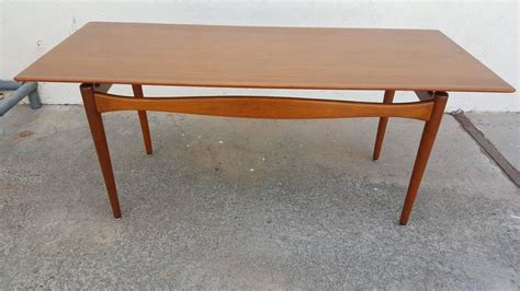 Finn Juhl Teak Coffee Table For Sale At 1stdibs Upholstered Dining Room Chairs With Arms In Banquette Seating Cheap Chandeliers For Reclaimed Tables How To Make A Table Serving Retractable