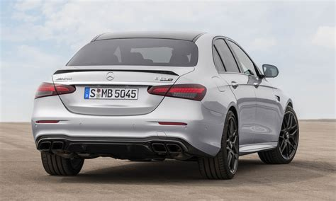 And all this together with six other passengers, each of them in pole position. 2021 Mercedes-AMG E 63 S: First Look   Our Auto Expert