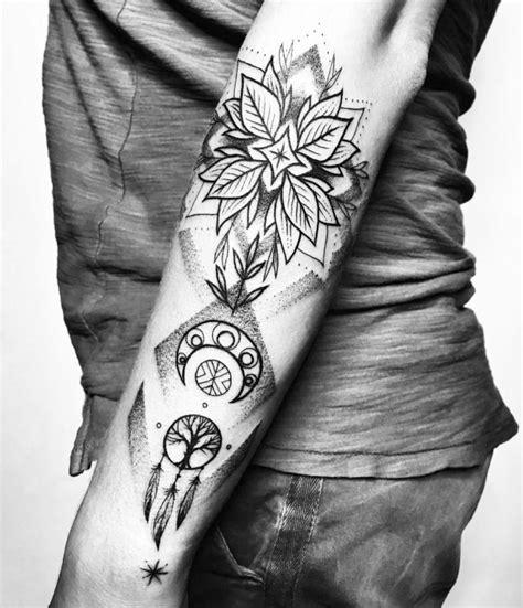 insanely kick ass blackwork tattoos