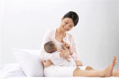 Wanita Menyusui Bayi 4 Kiat Untuk Menciptakan Suasana Hati Yang Tenang Pada