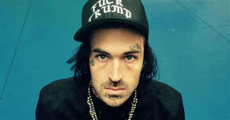 Yelawolf Row Your Boat Review by Yelawolf New Songs News Reviews Djbooth