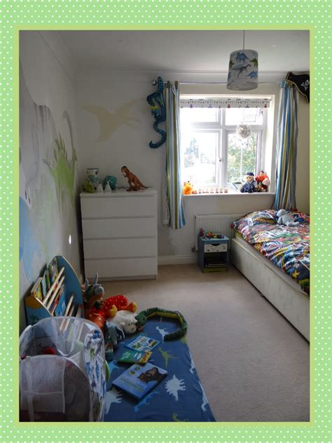 toddler beds  boys large dinosaur wall decals cars
