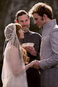 Mockingjay Part 2 Epilogue. So cute! The dress doesn't ...
