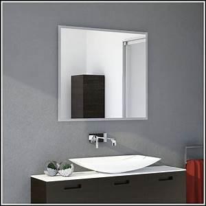 Badspiegel Mit Steckdose : badspiegel mit steckdose cheap badspiegel florenz led s ~ Indierocktalk.com Haus und Dekorationen
