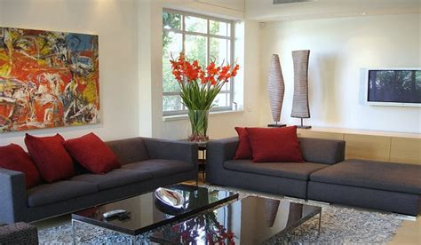 Budgetfriendly Home Décor Ideas  Zameen Blog. Living Room Wall Colors Ideas. Bedroom And Living Room Sets. Red Living Room Furniture Decorating Ideas. Ikea Inspired Living Rooms. Living Room Paint Scheme. Virtual Living Room Design. Sleek Living Room Ideas. Sears Furniture Living Room