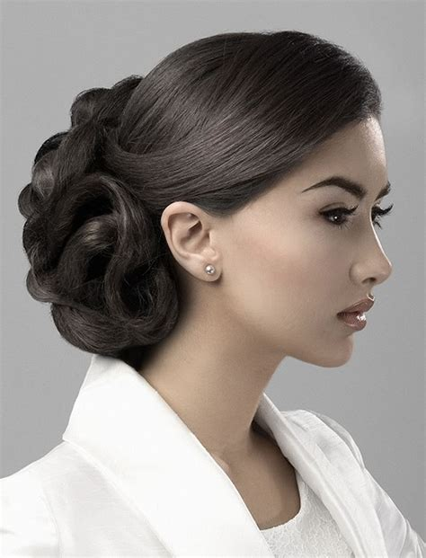 Updo Hairstyles by 32 Updo Hairstyles For Prom 2017 2018