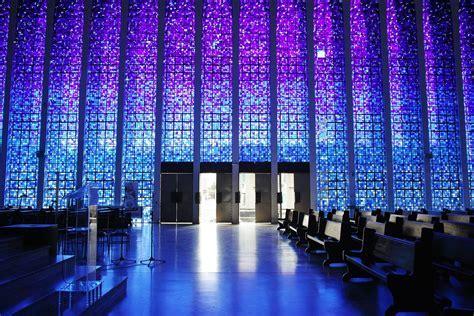 The place : Dom Bosco church, Brasilia   The Voyageur