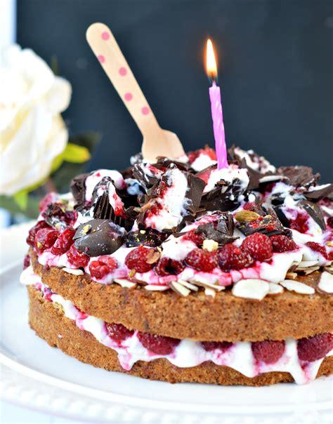 sugar  vanilla cake gluten  sweetashoney