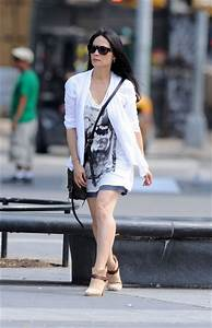 The gallery for --> Lucy Liu Elementary Stills