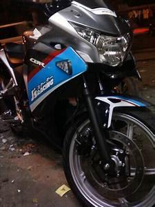 Gambar Foto Cutting Sticker Cbr 250