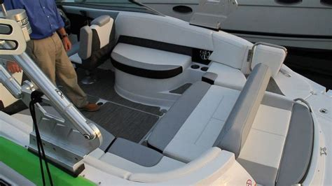 Boat Aft Bench Seat by 17 Best Images About Cruisers Yachts On