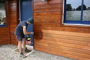 Peinture Lasure Bois Exterieur : prix pour peindre des boiseries ~ Dode.kayakingforconservation.com Idées de Décoration