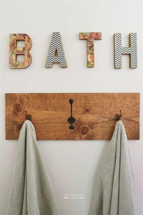 Bathroom Hooks by 1000 Ideas About Bathroom Towel Hooks On