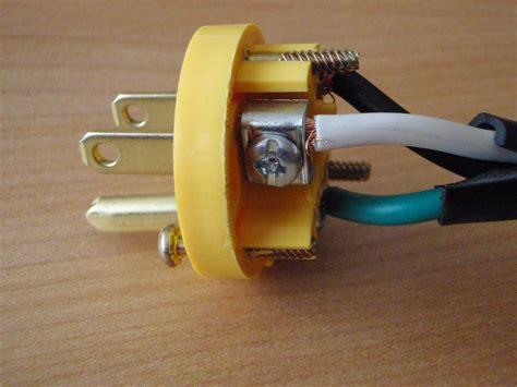 Changing Electrical Plug Talkfestool