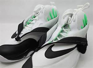 Nike Air Zoom Flight The Glove - White - Black | Sample on ...