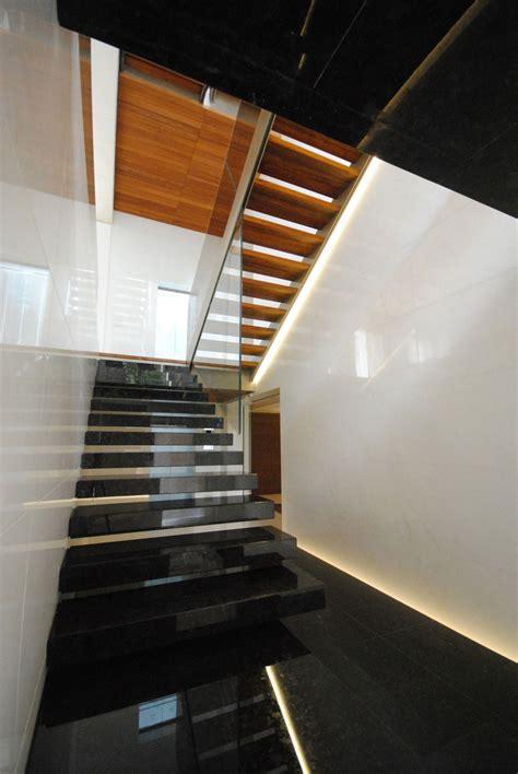 simply minimalist living   modern house plans