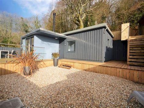 Little Spinney Lodge Dorset Outside