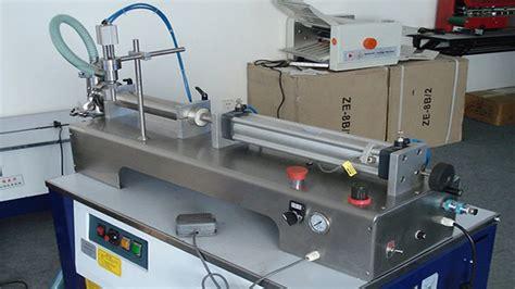 horizontal liquid filling machine fully pneumatic flammable liquid lotion semi automatic filler