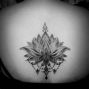 Fleur Lotus Tatouage : tatouage lotus significations et illustrations ~ Mglfilm.com Idées de Décoration