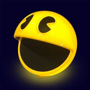 Retro PAC-MAN Lamp, Complete With Classic Sound Effects ...