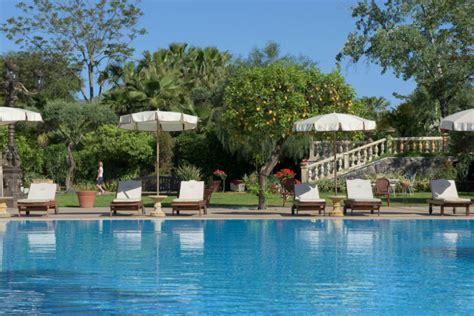 Hotel Con Piscina Interna Sicilia Un Racconto Di Barocco Sul Mare Della Sicilia Il