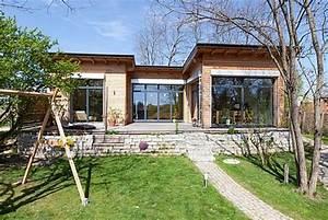 Mücken Im Haus Was Tun : 113 bungalow u form modern bungalow u form modern die neuesten innenarchitekturideen bungalow ~ Markanthonyermac.com Haus und Dekorationen
