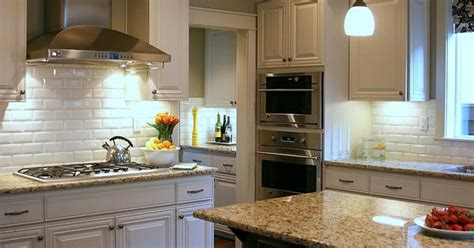 remodeling kitchen cabinets paint color sherwin williams quot universal khaki quot walls and 1835