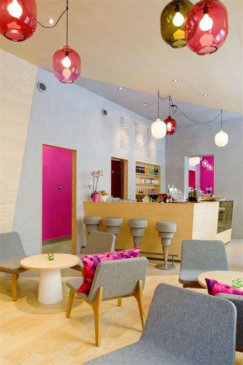 Design of coffee shop, bakery, restaurant and bar. decorative cafe decor idea - Iroonie.com
