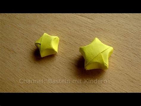 basteln 3d 3d sterne basteln bastelideen weihnachten weihnachtssterne falten diy origami