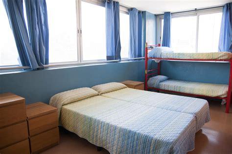 chambre à barcelone chambres be hostel juste à côté de la plage à barcelone