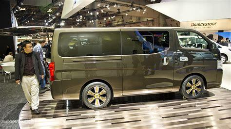 tokyo  nissan nv caravan   autoevolution