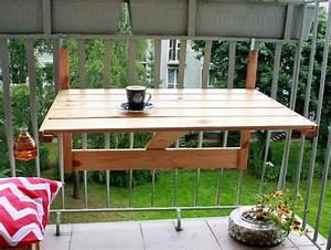 Table De Balcon Pliante : balkonowy rozk adany stolik ze starych drewnianych ~ Melissatoandfro.com Idées de Décoration