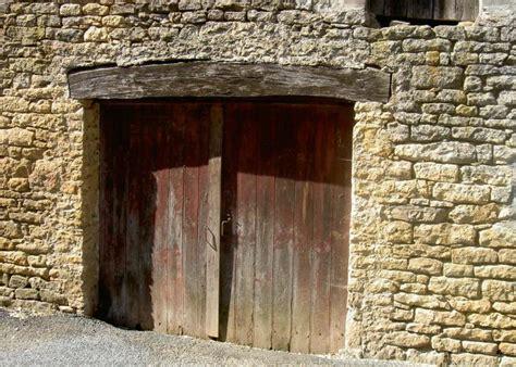 bureau vallee auxerre la chapelle aubareil dordogne lascaux dordogne your