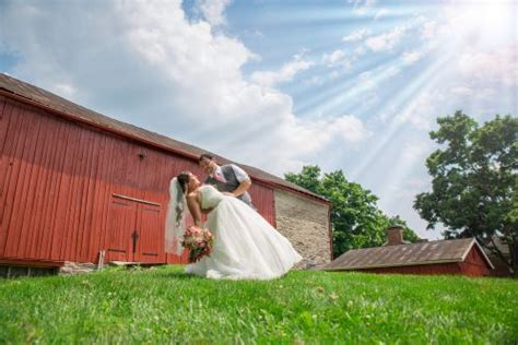 Delaware Barn Wedding by The Barn At Stratford Delaware Oh Rustic Wedding Guide