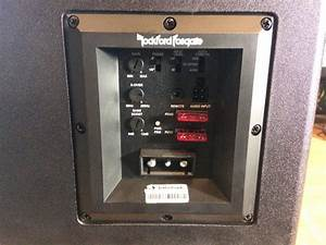 Rockford Fosgate P300-12 Teardown