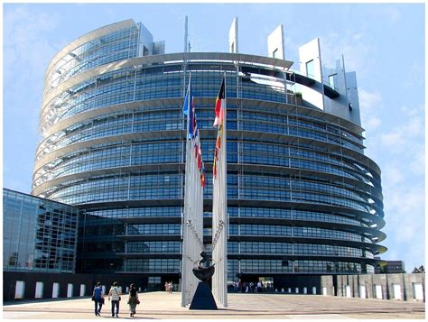 siege du parlement europeen culturel