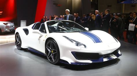 The ferrari 488 pista spider, unveiled to the world during the 2018 edition of the pebble beach concours d'elegance®, is the 50th open car model the ferrari 488 pista spider is equipped with the most powerful turbocharged engine ever mounted on a road car. Ferrari 488 Pista Spider Gets Full Tech Specs Rundown In Paris