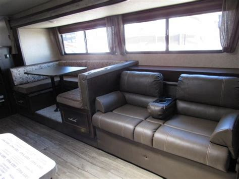 2018 grey wolf 26dbh travel trailer with double bunk beds