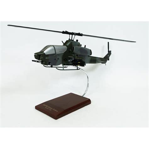 Ah-1w Super Cobra Model Helicopter 1/32 Scale Model