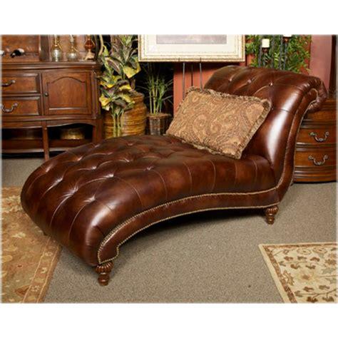 Claremore Antique Living Room Set  Best 2000+ Antique