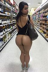 Nice ass in grocery store