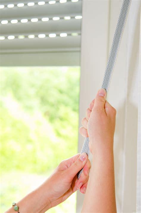 Fenster Sichtschutz Rausgucken by Jalousien Am Fenster Sichtschutz Und Gestaltungselement