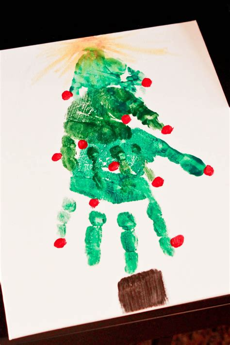 creative handprint  footprint crafts  christmas