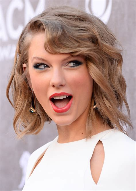 Photogriffon - THE BEST PICTURE OF SEXY GIRL TAYLOR SWIFT