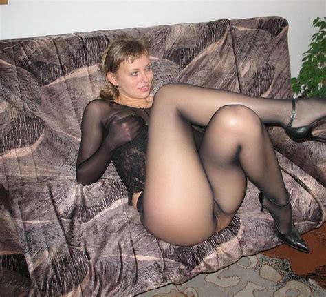 Amateur Sheer Pantyhose Legs - XXXPornoZone.com