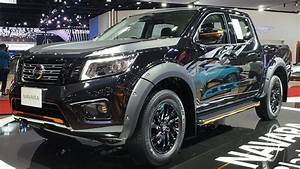 Nissan Navara 2019 Double Cab Calibre EL 7AT Black Edition ...
