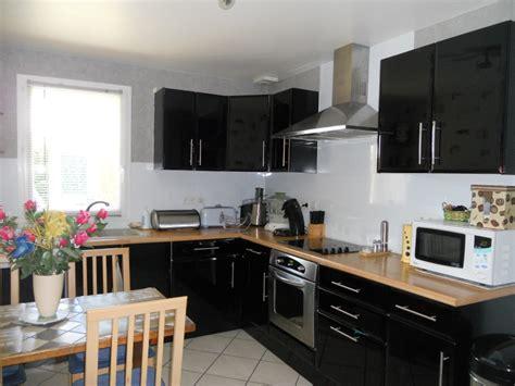 cuisine repeinte en gris besoin de conseil concernant la couleur des murs de ma cuisine noir