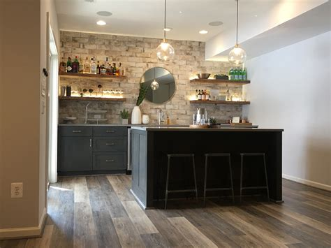 Basement Bar Island by Photos Of Bars In Basement Remodels