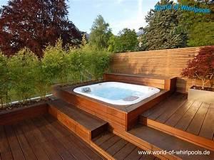 Freistehende whirlpools whirlpools nrw fur den garten for Whirlpool garten mit französischer balkon